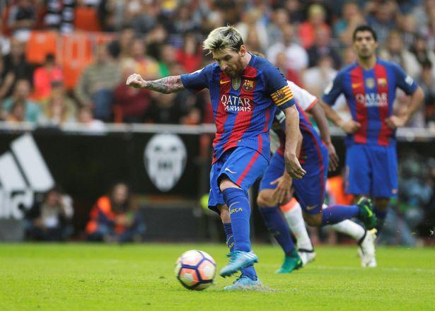 football-soccer-spanish-liga-valencia-v-barcelona