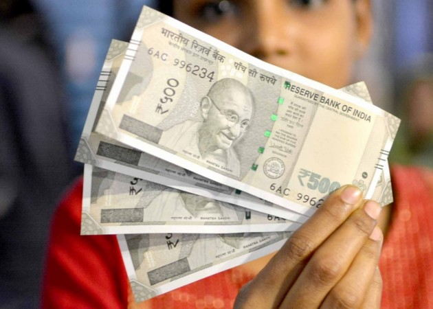 1480077378_ban-currency-rs-500-1000-1000-note-modi-rbi-demonetization-black-money-scrapped-new-notes-2000