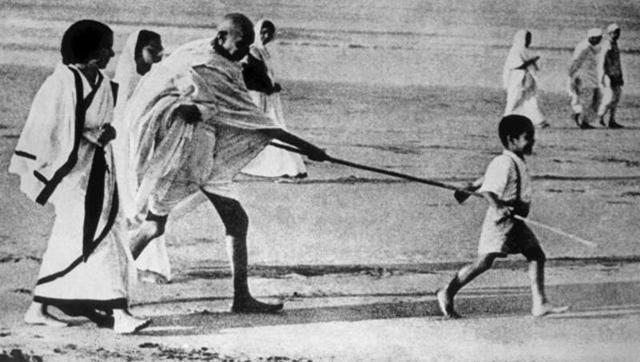 ആ ചിത്രം ഇനി നിശ്ചലം; ഗാന്ധിജിയുടെ ചെറുമകന് യാത്രയായി