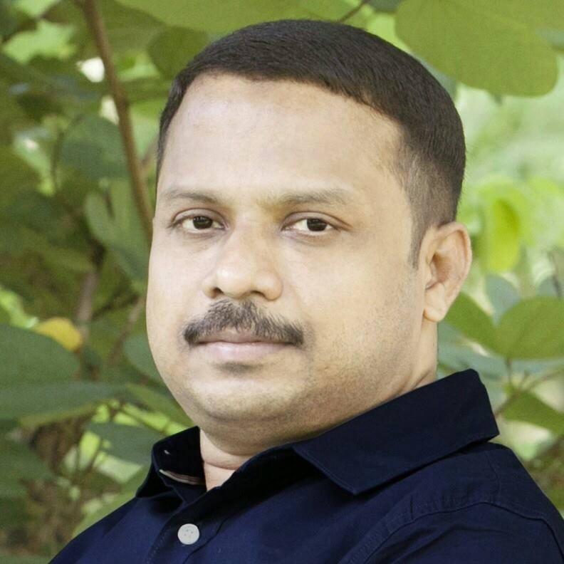 'ഏറ്റുമുട്ടല്' കൊല: അന്വേഷണം ആവശ്യമില്ലെന്ന നിലപാടില് ദുരൂഹത- പി.എം സാദിഖലി