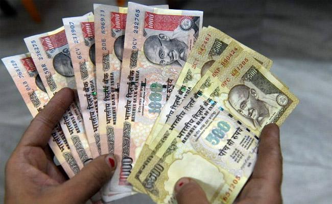 അസാധു നോട്ട്: പ്രവാസി ഇന്ത്യക്കാര്ക്ക് ജൂണ് 30 വരെ നിക്ഷേപിക്കാം