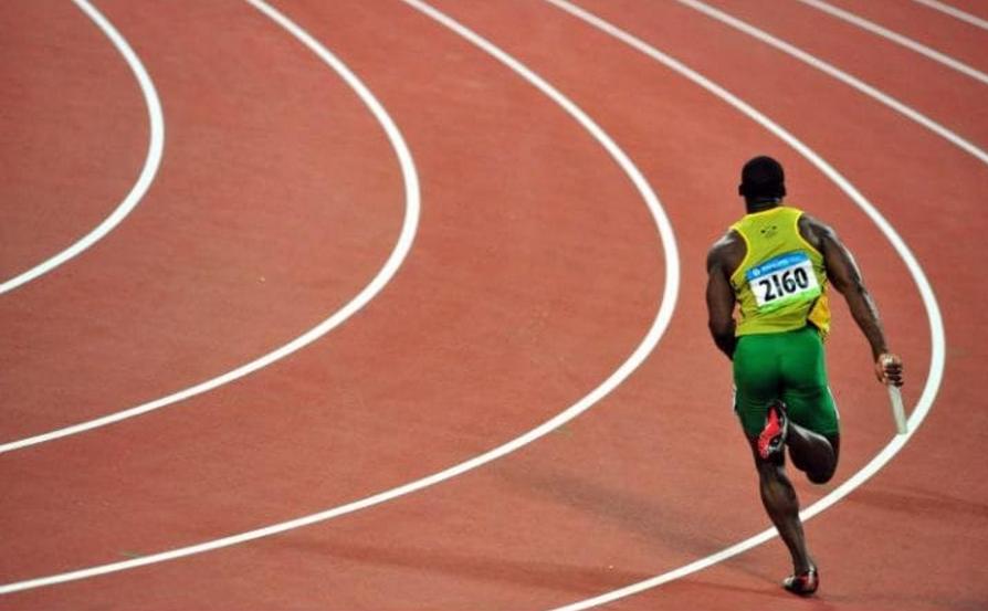 2008 ബീജിങ് ഒളിബിക്സില് സ്വര്ണം നേടിയ ജമൈക്കയുടെ ആദ്യലാപ്പ് ഓടുന്ന നെസ്റ്റ കാര്ട്ടര്