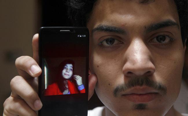 മാനം കാക്കല്: വിവാഹ സല്കാരത്തിന് വിളിച്ചുവരുത്തി പാകിസ്താനില് യുവതി മകളെ ചുട്ടുക്കൊന്നു