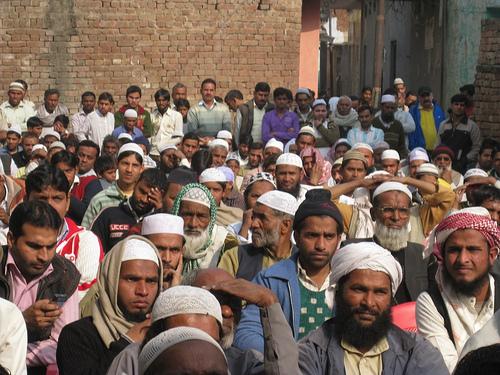 ഭിന്നിച്ച്, ദിശാബോധമില്ലാതെ യുപി; മുസ്ലിംകളുടെ 'മൗലാനാ രാഷ്ട്രീയം'