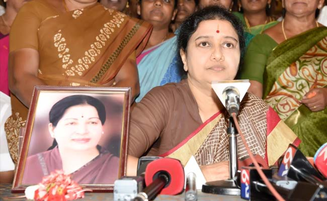 sasikala-jayalalithaa-photo_650x400_41486954514