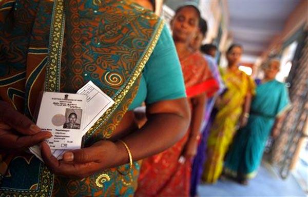 തമിഴ്നാട്ടില് തദ്ദേശ തെരഞ്ഞെടുപ്പ് മെയ് 14 നകം നടത്തണം: കോടതി