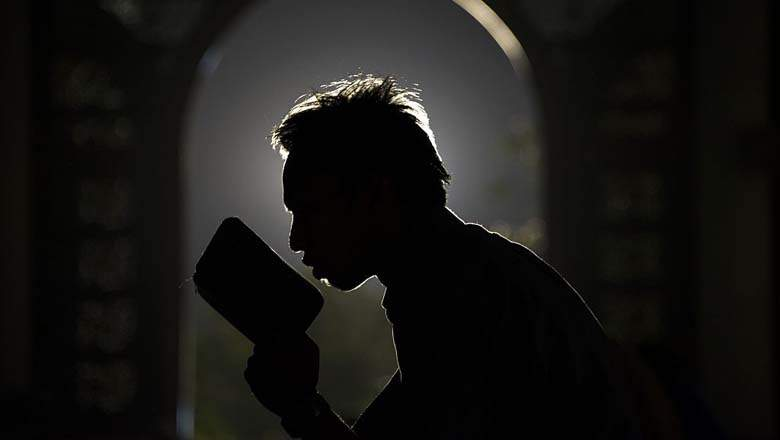 ലോക മുസ്ലിംകള് വ്രതശുദ്ധിയുടെ നിറവില്
