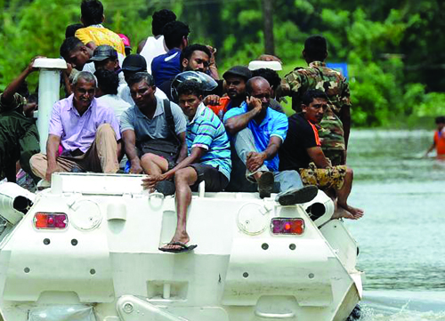 'മോറ'യില് വിറങ്ങലിച്ച് ബംഗ്ലാദേശ്