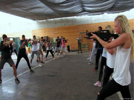 2017_07_11-israel-offers-tourists-the-chance-to-be-soldiersgallery-1