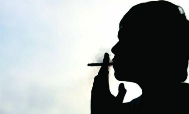 സംസ്ഥാനത്ത് നാലില് ഒരാള്  പുകയില ഉല്പന്നങ്ങള് ഉപയോഗിക്കുന്നു 30 ശതമാനത്തിലേറെ പേര് മദ്യം കഴിക്കുന്നു 69 വയസുവരെ പ്രായമുള്ളവരില് 67.7 ശതമാനം പേര് പ്രമേഹരോഗികള്