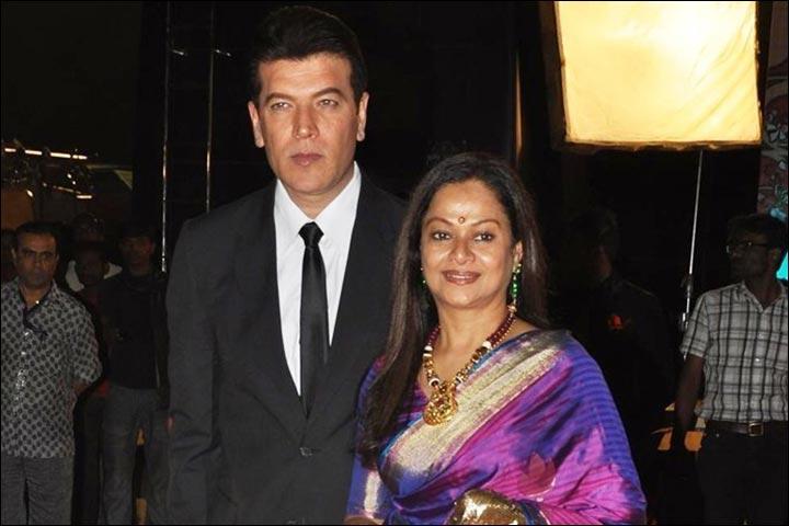 Aditya-Pancholi-wife