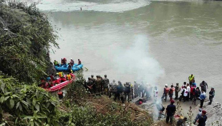 നേപ്പാളില്ബസ് പുഴയില് വീണ് 31 പേര് മരിച്ചു