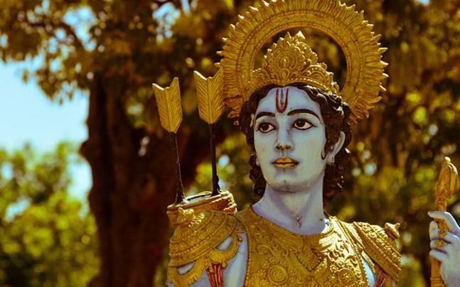 അയോധ്യയില് കൂറ്റന് രാമപ്രതിമയുമായി യോഗി സര്ക്കാര്