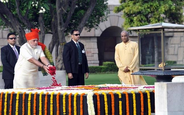 ജന്മശതാബ്ദി: ഇന്ദിരാഗാന്ധിയെ അനുസ്മരിച്ച് രാഷ്ട്രപതിയും പ്രധാനമന്ത്രിയും