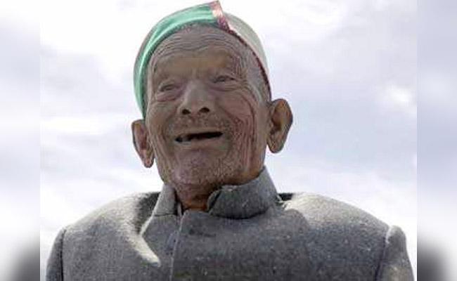 'അതേ ത്രില്ലിലും ആഹ്ലാദത്തിലും തന്നെ'; സ്വതന്ത്ര ഇന്ത്യയിലെ ആദ്യ വോട്ടുകാരന് മറ്റന്നാള് ബൂത്തിലേക്ക്