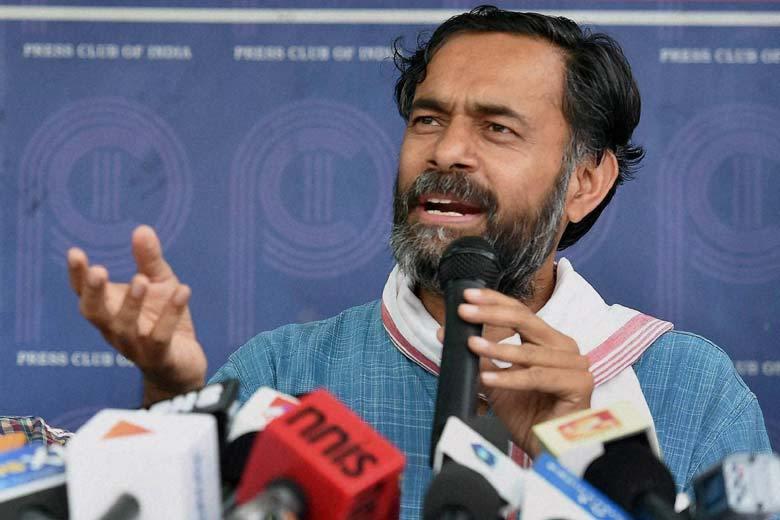ഗുജറാത്തില് ബി.ജെ.പിക്ക്  അടിതെറ്റും: യോഗേന്ദ്ര യാദവ്