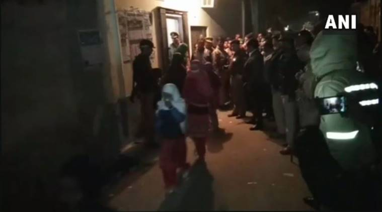 പീഡന ആരോപണം: മദ്രസയില് യു.പി പൊലീസിന്റെ റൈഡ്; 52 പെണ്കുട്ടികളെ രക്ഷപ്പെടുത്തി