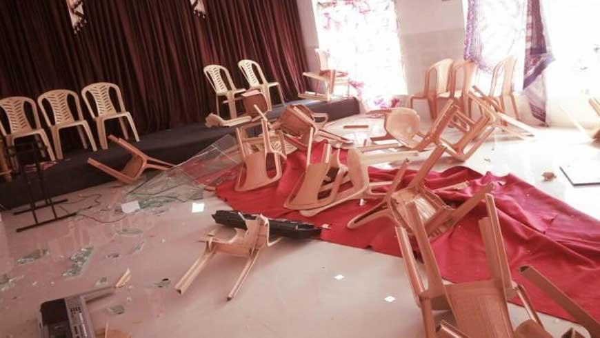 പ്രാര്ത്ഥന നടന്ന ഹാളില് ആര്.എസ്.എസിന്റെ അതിക്രമം: വിശ്വാസികള്ക്ക് പരിക്ക്, സാധനങ്ങള് അടിച്ചു തകര്ത്തു