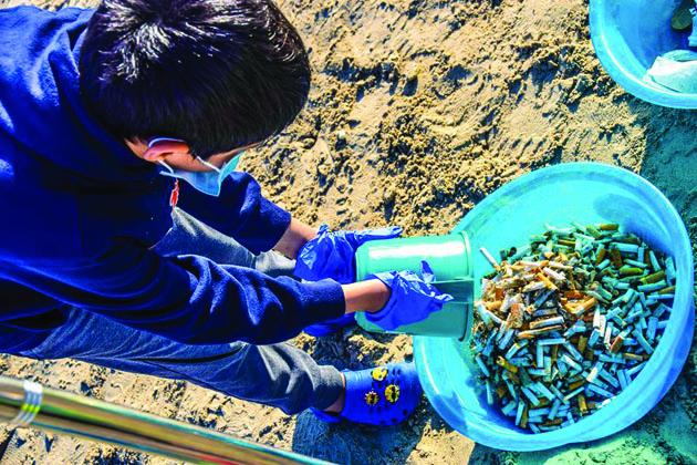 ദുബൈ ബീച്ചുകളില് നിന്ന് നീക്കം  ചെയ്തത് 40,000 സിഗററ്റ് കുറ്റികള്