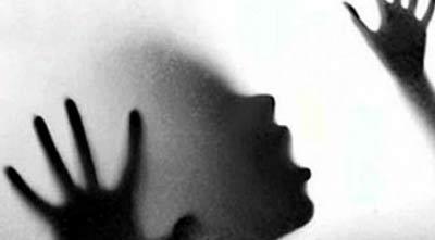 യു.പിയില് പെണ്കുട്ടിയെ കൂട്ടബലാല്സംഗത്തിനുശേഷം കൊലപ്പെടുത്തിയ സംഭവത്തില് പ്രതികള് പിടിയില് : കാരണം ഞെട്ടിക്കുന്നത്