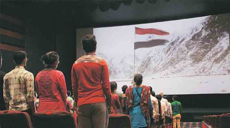 തിയറ്ററില് ദേശീയ ഗാനം; കേന്ദ്രം പുതിയ സമിതിയെ നിയോഗിക്കുന്നു