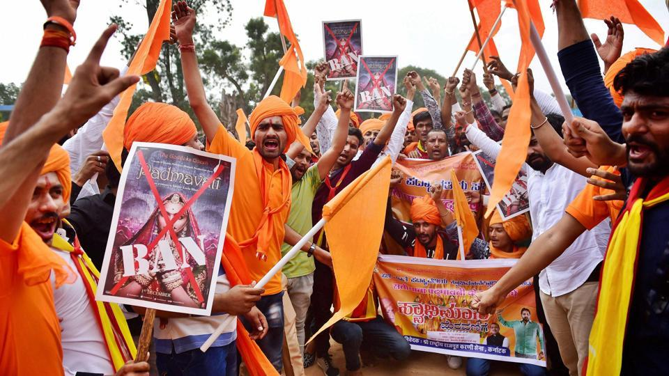 'പത്മാവത്'നെതിരായ പൊതുതാല്പര്യ ഹര്ജി സുപ്രീംകോടതി തള്ളി