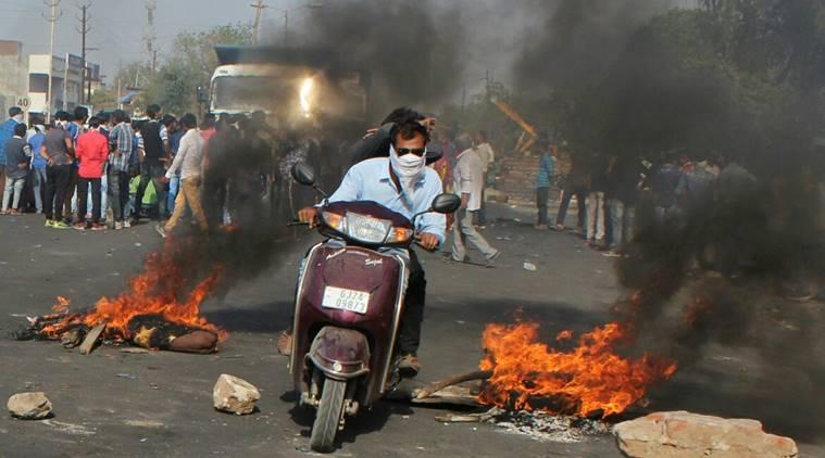 ദളിത് പ്രവര്ത്തകന്റെ മരണം: ഗുജറാത്ത് സര്ക്കാറിനെതിരെ വ്യാപക പ്രതിഷേധം