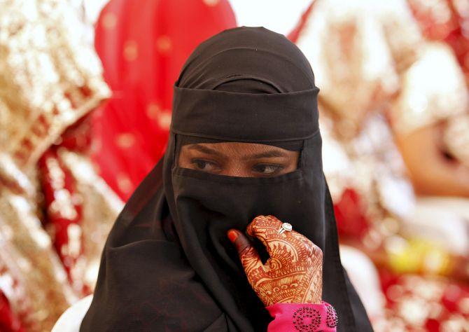 മുത്താലാഖ് ബില്ലിനെതിരെ വനിതാ ലീഗ് പാര്ലമെന്റ് മാര്ച്ച് 8ന്