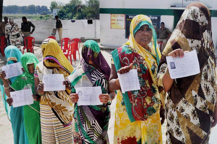 യു.പി ഉപതെരഞ്ഞെടുപ്പ്; യോഗിയുടെ ഗൊരക്പുരില് 43% പോളിങ്; ഫുല്പുരില് 37 ശതമാനം മാത്രം