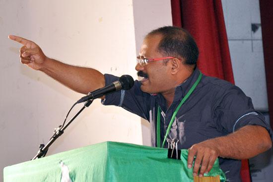 സി.പി.എം മേഖലകളില് ന്യൂനപക്ഷങ്ങള് അരക്ഷിതര്: കെ.എം ഷാജി