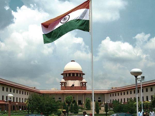 കോണ്ഗ്രസിന്റെ ഹര്ജി ചീഫ് ജസ്റ്റിസ് പരിഗണിച്ചു : വാദം കേള്ക്കുന്നത് സുപ്രീം കോടതിയുടെ ആറാം നമ്പര് കോടതിയില് രാത്രി 1.45ന്