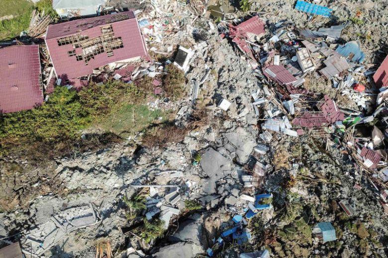 സുനാമി: സുലവേസിയില്  5000 പേരെ കാണാനില്ല