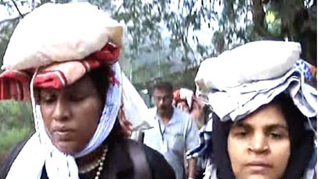 മല കയറുന്ന കനകദുര്ഗയുടെ വീട്ടില് ബി.ജെ.പി പ്രതിഷേധം