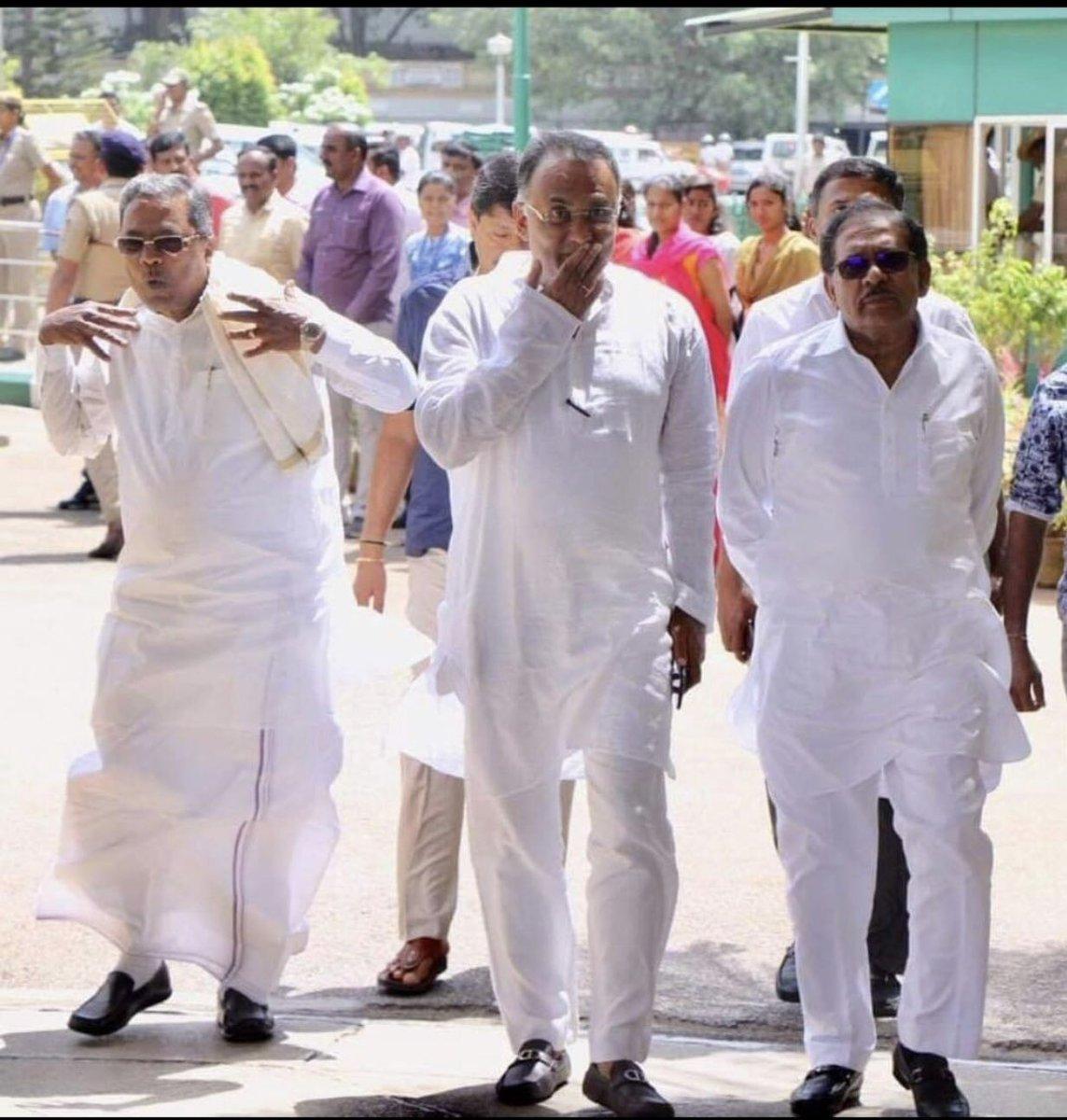 എം.എല്.എമാരെ വിഴുങ്ങുന്ന  രാഷ്ട്രീയ പെരുമ്പാമ്പ്