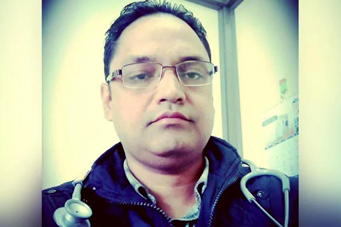 കോവിഡ് പോരാട്ടത്തില് ഒരു ദിനം പോലും അവധിയെടുത്തില്ല; ഒടുവില് ഡോ. ജാവേദ് അലി മരണത്തിന് കീഴടങ്ങി